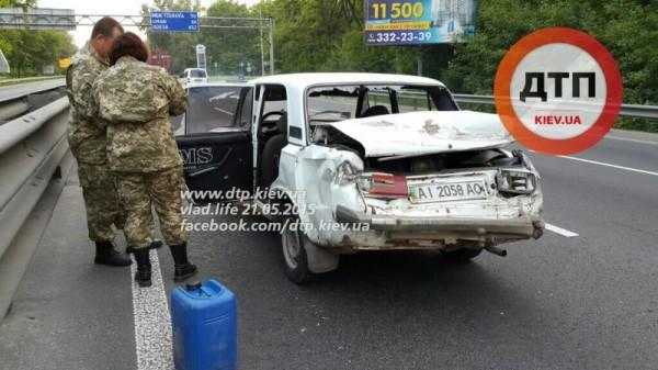 В аварии с фурой пострадали военные