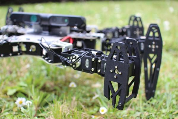 Роботы смогли найти алгоритм передвижения с поврежденной конечностью