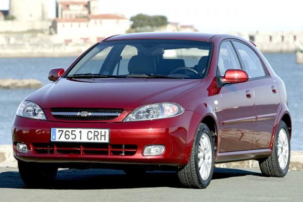Новинка построена на базе Chevrolet Lacetti
