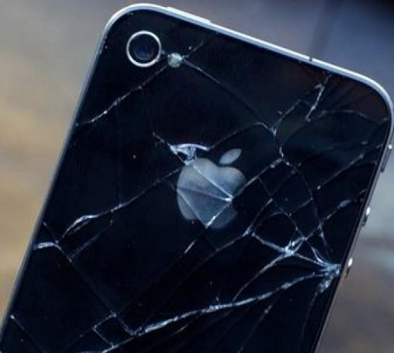 У Iphone 5 царапается корпус и облазит краска ФОТО