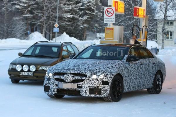 Кабриолет Mercedes-AMG C63 был замечен во время тестов