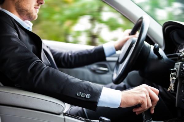 Самым дешевым вариантом продажи машины остается ее передача по генеральной доверенности