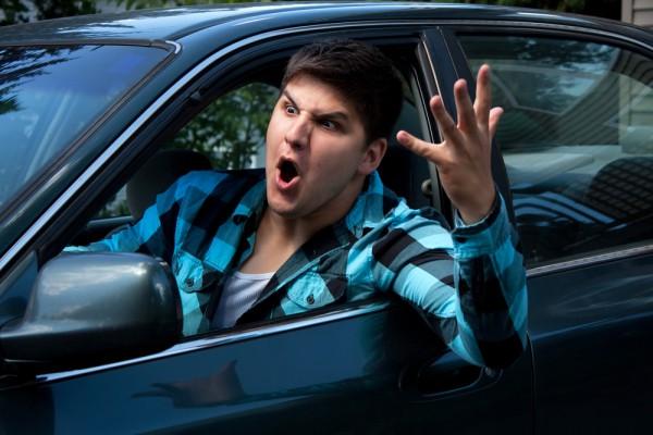 Большинство водителей - потенциальные психи