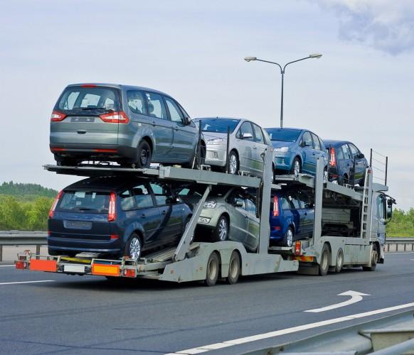 Импорт автомобилей в Украину уже резко сократился