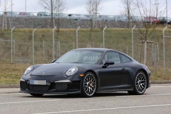 Porsche 911 R рассекретили до премьеры