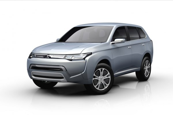 Mitsubishi PX-MiEV II намекает на то, каким будет новый Outlander