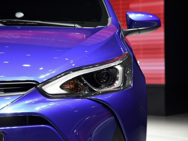 Toyota Yaris L