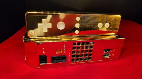 Nintendo Wii покрыта 24-каратным золотом