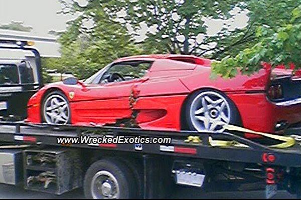 Разбитый агентом ФБР Ferrari F50