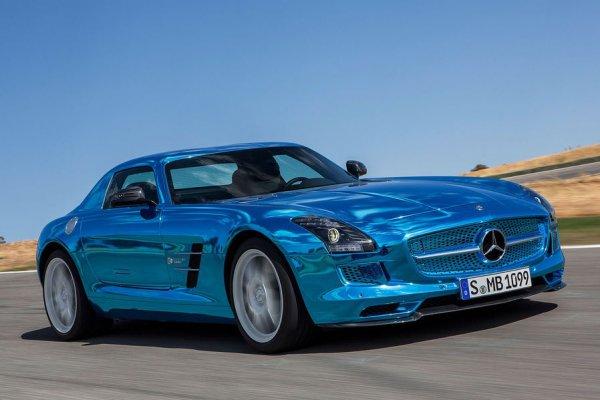 Mercedes-Benz SLS AMG Electric Drive получил по мотору на колесо