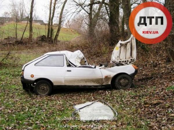 В аварии пострадали трое детей, водитель погиб