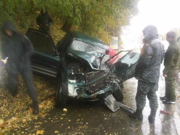 ДТП 20 октября на Владимирском спуске. Грузовик Нацгвардии протаранил легковушку
