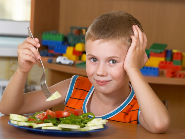 Почему ребенок не ест: ТОП-10 причин