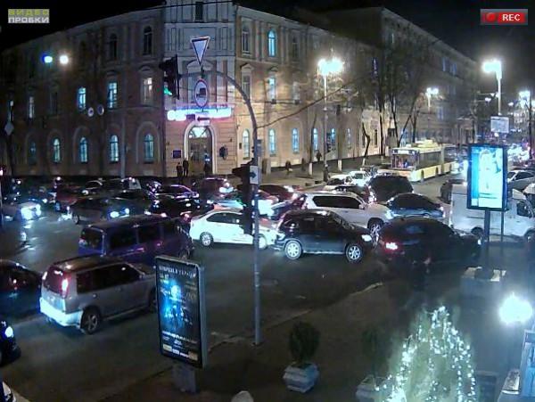 Пробки в Киеве: пересечение ул. Большая Житомирская - ул. Владимирская