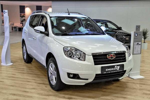 Geely Emgrand X7 появился в Украине, стоит 138 900 грн