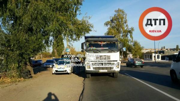 ДТП с грузовиком в Киеве