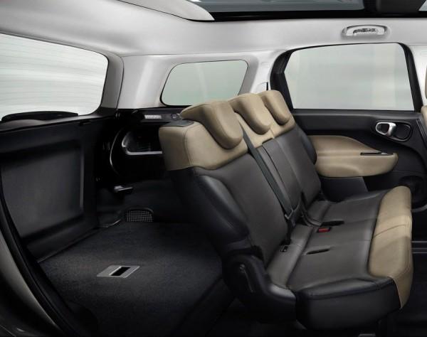 Багажник Fiat 500L Living вмещает 638 литров