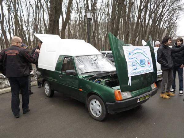 Электрический фургон на базе Таврии от тех же умельцев