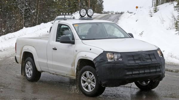 Volkswagen впервые вывел на тесты обновленный пикап Amarok