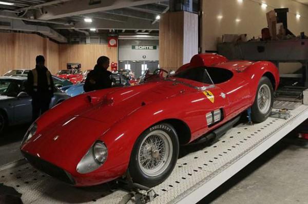 Спорткар Ferrari 1957 года продан за рекордную сумму