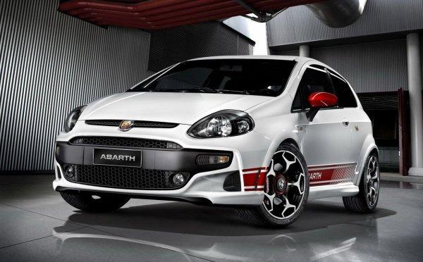 Принц ехал на Fiat Punto Abarth