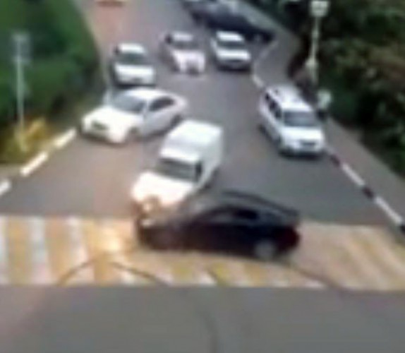 Водителя Lexus попытались наказать