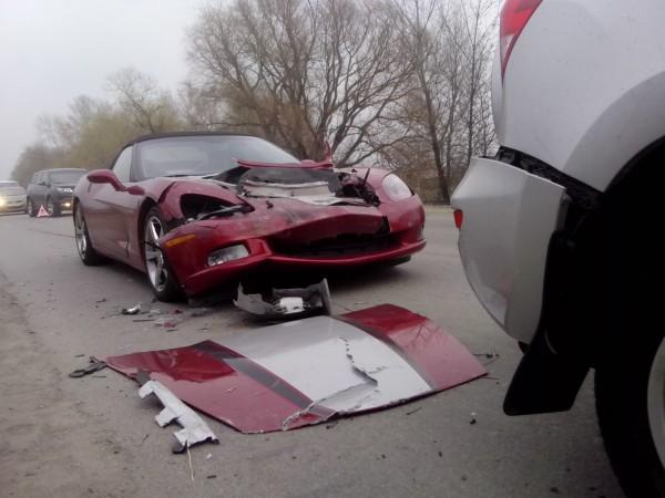 В Киеве разбили Corvette