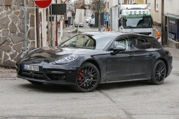 Универсал Porsche Panamera