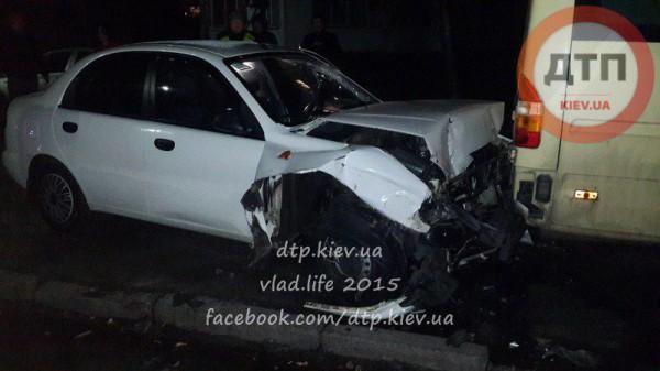 На улице Веденской произошла серьезная авария