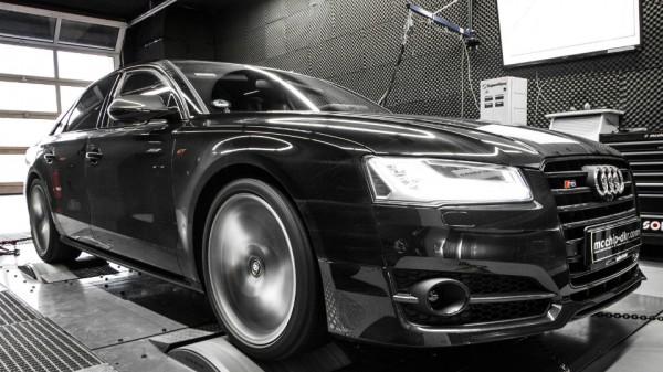 789-сильный седан Audi S8