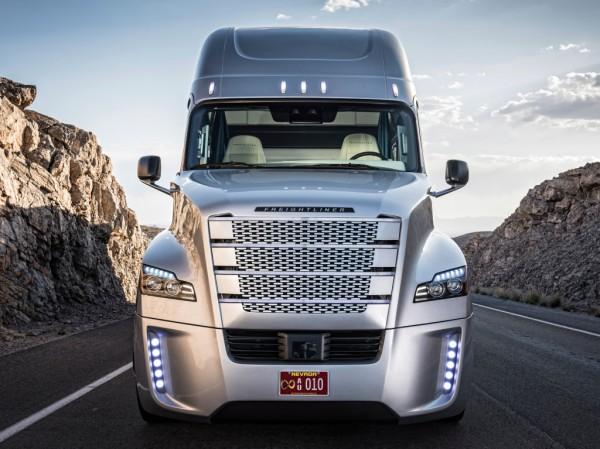 Первый беспилотный грузовик