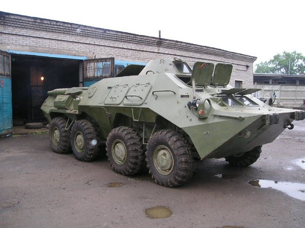 Все больше украинцев изъявляют желание купить БТР