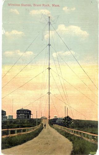 128-метровая (420 футов) высотная радиобашня в Брант Роке