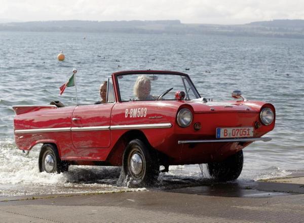 Полсотни автомобилей-амфибий рассекают волны - Автоновости Украины и мира - Авто - bigmir)net - Авто bigmir)net