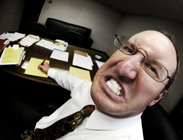 Психованных шефов лучше обходить стороной