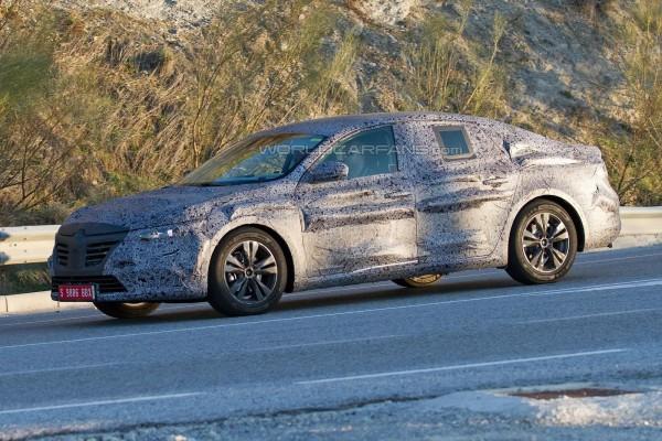 Новый Renault Laguna