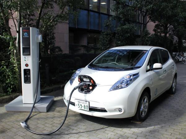 Nissan Leaf в Японии