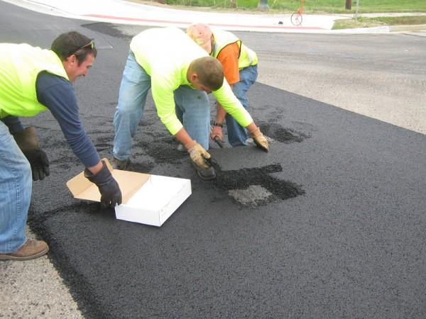 Порошенко ответил на петицию о ремонте дорог