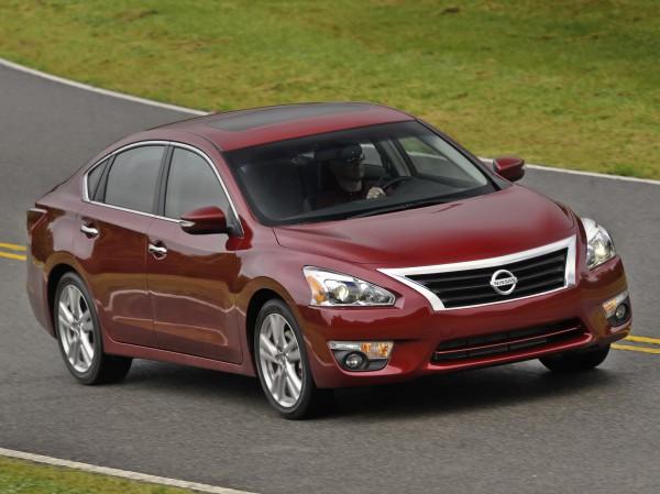 Nissan Altima - единственный Ниссан в рейтинге IIHS