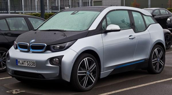 BMW анонсировала новый кроссовер