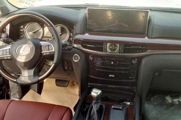 Торпедо Lexus LX