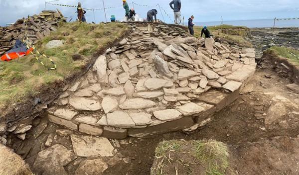 Гробница эпохи неолита