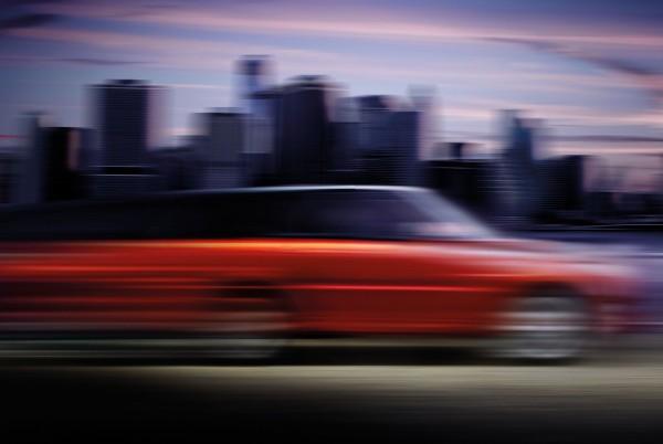 Первый тизер нового Range Rover Sport