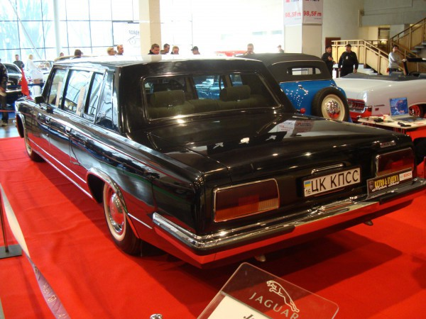 Один из проданных лимузинов