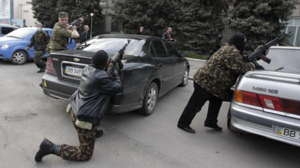 На Донбассе автомобили забирают прямо из салонов
