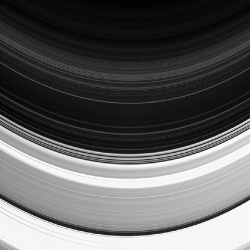 Кольца Сатурна, снятые Cassini