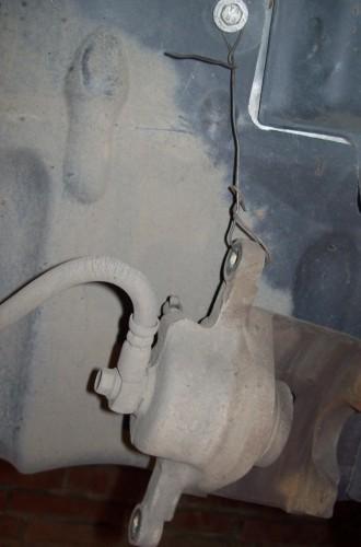 Как заменить передние стойки на автомобиле Ланос