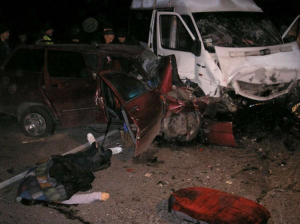 В Днепропетровской области в ДТП погибли 4 человека