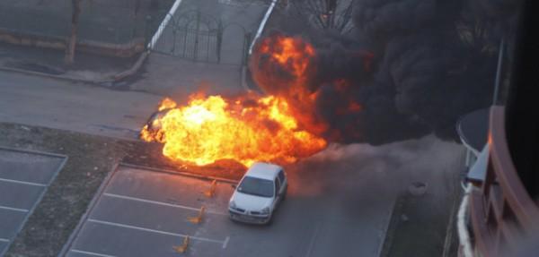 В Киеве взорвался Lexus