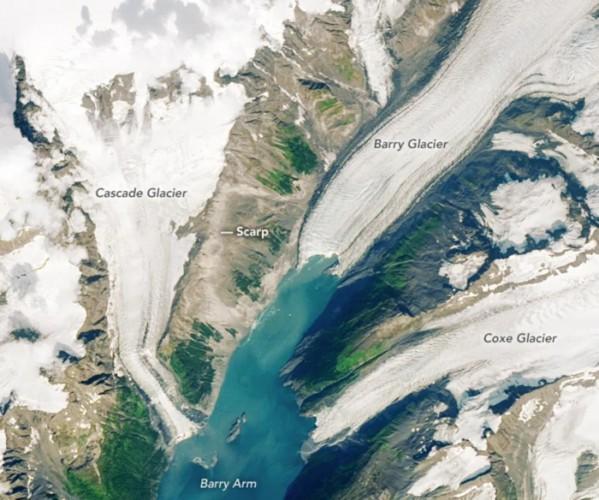 Линии обрыва над ледником Барри